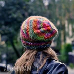 pod choinkę prezent, czapki kolorowa czapka, nagłowę, na drutach