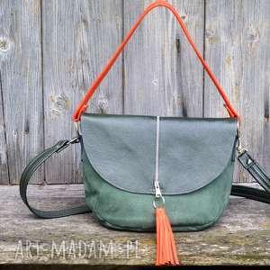 na ramię zielona z klapą wersja mniejsza, torebka, listonoszka, pojemna, kompaktowa