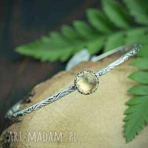 srebrna okrągła bransoleta z cytrynem, bransoleta, sztywna