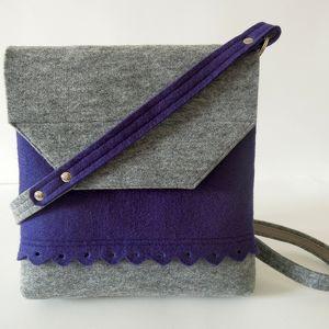 fioletowo-szara torebka z folkową falbanką, filc, folk, falbanka, fiolet