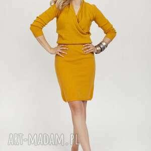 Dzianinowa sukienka - suk009 saffron mkm swetry sukienka