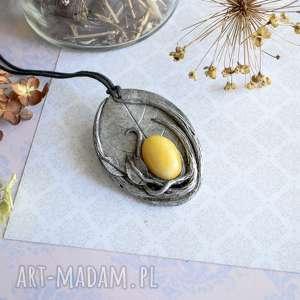 hand-made wisiorki wisior liść z żółtym jadeitem