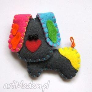 psinka - broszka z filcu tinyart, pies, łaty, broszka, zwierzak, prezent