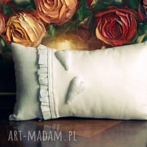 Biało - szara poduszka dekoracyjne aplikacje poduszki margi