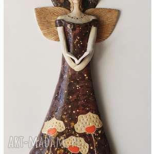 ręcznie robione ceramika aniołek wiszący z książeczką