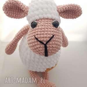 owieczka szydełkowa, dziecko, przytulanka,
