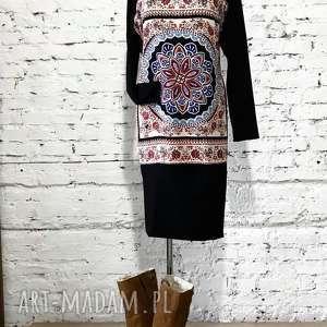 etno sukienka, boho klasyczna, minimalistyczna, midi