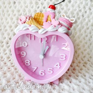słodki budzik, zegarek, fimo, różowy, słodycze