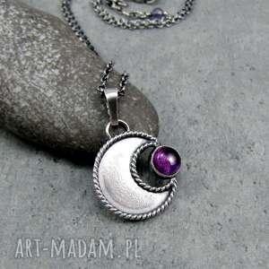 w ramionach księżyca ametyst, księżyc boho, talizman, romantyczny