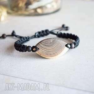 hand-made ayati - delikatna bransoletka z drewna i białej żywicy