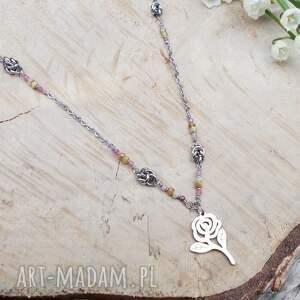 naszyjniki zieleń z różą, biżuteria stal, ze stali