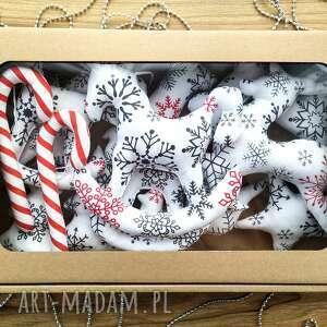 dekoracje zawieszki ozdoby handmade kuferek malucha, gwiazda, konik