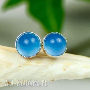 minimalistyczne sztyfty z niebieskimi agatami d097, okrągłe sztyfty, niebieskie