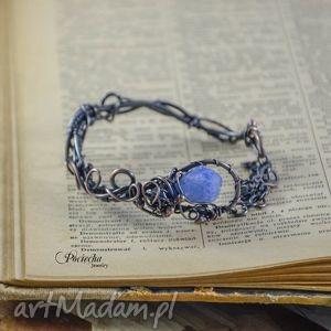 ręczne wykonanie bransoletki elven sky - bransoletka z kwarcem tytanowym