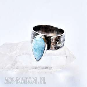 pierścień z larimarem, larimar, srebro, minerały, łezka, oksydowany, technika