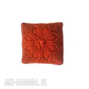 poduszki ruda poszewka z poduszką włóczki akrylowej motywem kwiatowym