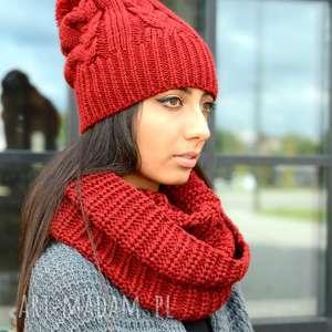 gruba zimowa czapka z pomponem i ciepły szalik, damski komplet zimowy w kolorze