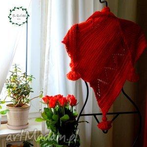asymetryczna chusta - chusta, baktus, szal, wełniana, czerwona