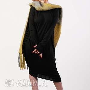 czarna nowoczesna sukienka wizytowa asymetryczna, elegancka