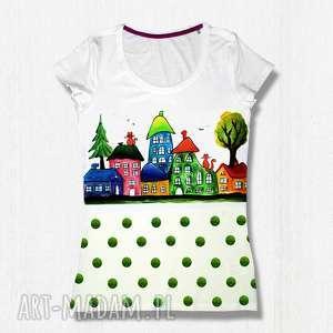 Prezent KOLOROWE DOMKI - unikatowa malowana koszulka z bawełny certyfikowanej, bluzka