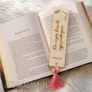 zakładka do książki, grawerowana, drewniana