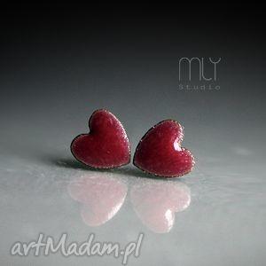 kolczyki mini serca, mini, kamionka, sztyfty, wkrętki, ceramika, oryginalny