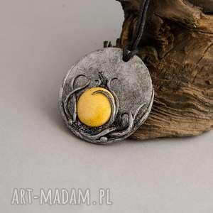 handmade wisiorki wisior medalion z ceramiką