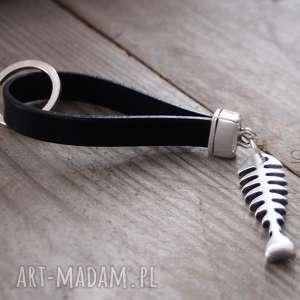 brelok do kluczy, breloczek, smycz, mini