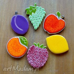 ceramiczne soczyste owoce, kuchnia, winogrono, cytryna, maliny, jabłko dom