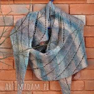ażurowy szal, szalik, nadrutach, dla babci, prezent
