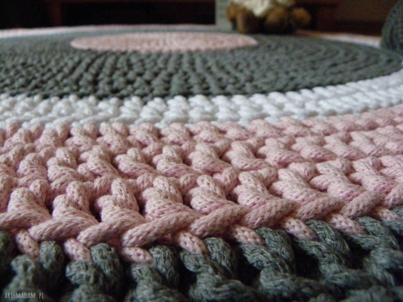 handmade dywany ręcznie robiony okrągły dywan ze sznurka bawełnianego połączenie szarości, różu i bieli
