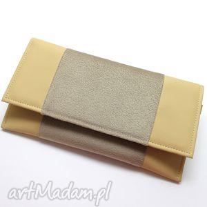 Prezent Kopertówka - skóra beż i tkanina tłoczona, elegancka, nowoczesna, prezent