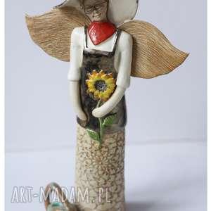 Ogrodniczka z konewką, ceramika, anioł, ogrodniczka, konewka