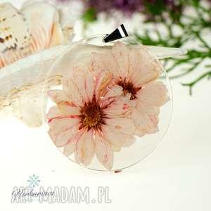 Prezent z70 Naszyjnik z prawdziwymi kwiatami zatopionymi w żywicy