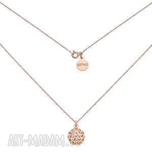 naszyjnik z kulką z sercami z różowego złota - łańcuszek