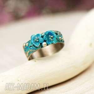 zamówienie indywidualne okwiecony pierścionek emalia