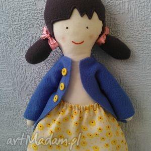 lala łucja plus wymienne spódniczki, lala, lalka, laleczka, zabawka, prezent