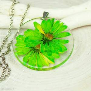 naszyjnik z suszonymi kwiatami w żywicy z246, biżuteria żywicy, wisior