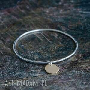 bransoleta srebrna obręcz z mosiężną zawieszką, mosiądz, surowy, srebro