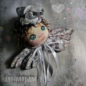 portret anioła - dekoracja tekstylna na ścianę, lalka kolekcjonerska, aniołek
