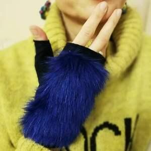 rekawiczki z filcu z futerkiem blue rękawiczki, prezent, filc, eko futro