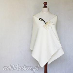 Biała etola z wełny parzonej- krótka, ślub, wełna, etola, handmade, narzutka, szal