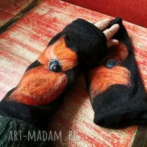 ręczne wykonanie rękawiczki mitenki w kolorze czarnym filcowane wełna merynosów -prod