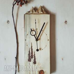 Drewniany zegar ścienny [góry i pirografia], drewno, sosna, las, natura, folk, drzewa