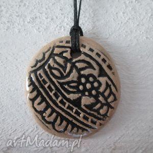 świąteczny prezent, wisiorki etniczny wisiorek, indyjski, etno, wzorzysty, ceramiczny
