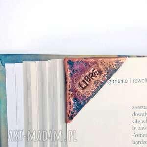 spersonalizowana zakładka do książki na róg kartki, miedź, narożnik