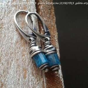 głębia niebieskości kolczyki z apatytu i srebra, apatyt, srebro oksydowane