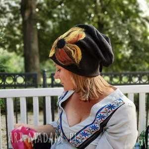 czapka wełniana handmade-czapka handmade na podszewce, rozmiar uniwersalny