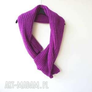 szal fioletowo - purpurowy - szal, zimowy szalik, długi szalik, modny szal, kobiecy