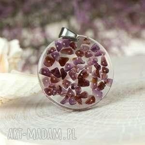 wisior z fragmentów granatu c583, granat kamień, granatem, biżuteria